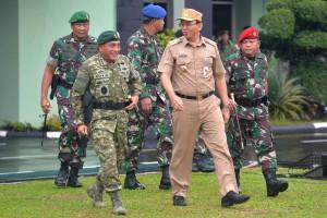 Ahok dan TNI / Foto Net