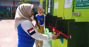Kalapas Perempuan Klas II A Palembang Tri Anna Aryati saat Memotong pita Launching Video call Wartelsuspas